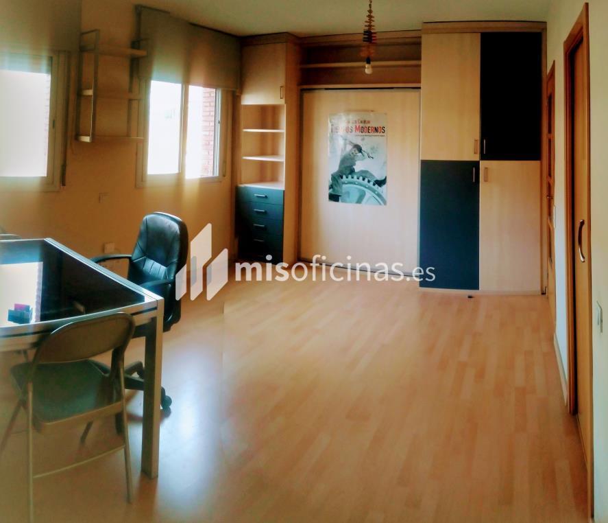 Oficina en venta en Paseo Dels Pins de 40 metros en Sant Feliu de Llobregat foto 2