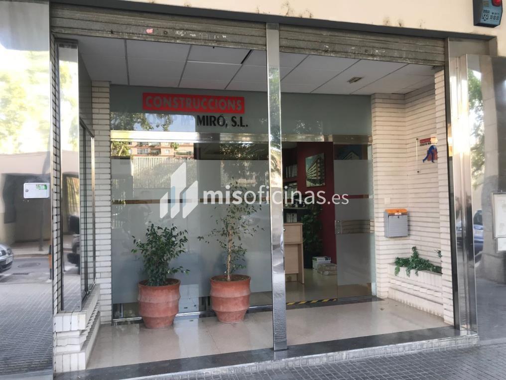 Local en venta en Calle Abat Escarré 18, Pl.0 de 94 metros, ReusVista exterior frontal