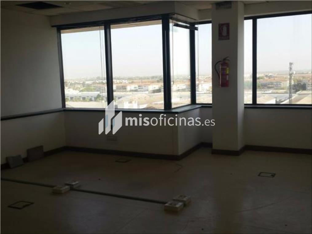 Oficina en alquiler en Calle Alcalde Luis Uruñuela de 412 metros en SevillaVista exterior frontal