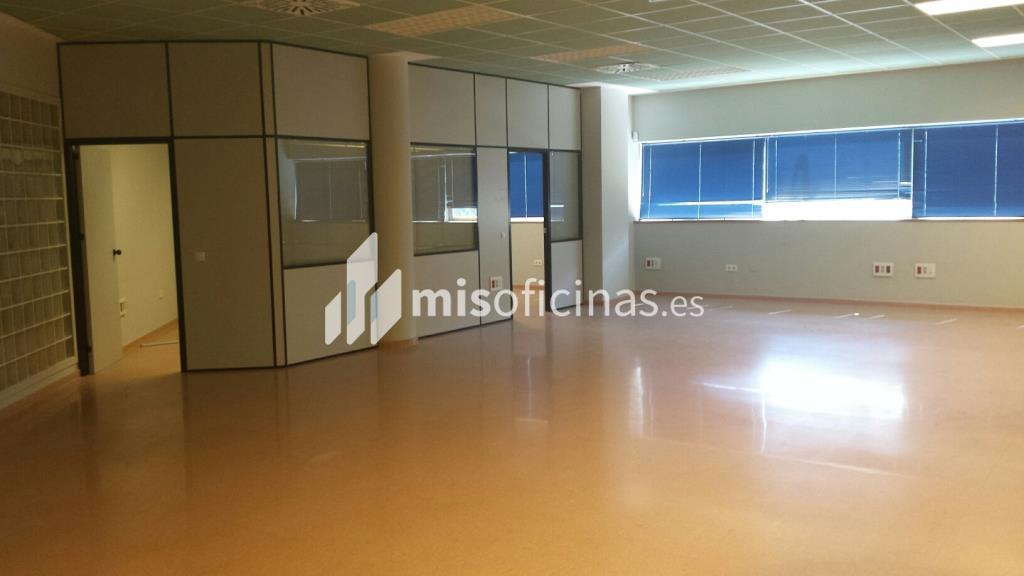 Oficina en alquiler en Avenida Alcalde Luis Uruñuela (Pal. Congresos) de 4.250 metros en Sevilla foto 2