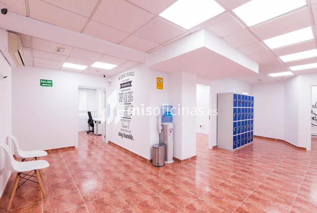 Oficina en alquiler en Avenida Pio Xii  1, Esc.5 de 8 metros en Valencia foto 1