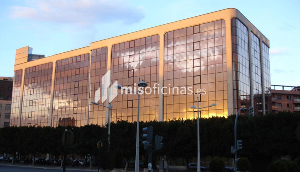 Oficina en alquiler en Paseo Paseo De La Alameda 34 de 15 metros en ValenciaVista exterior frontal