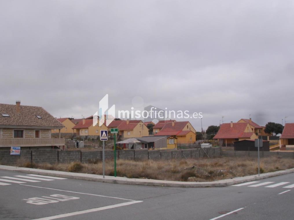 Suelo en venta de 944 metros en Zarzuela del MonteVista exterior frontal