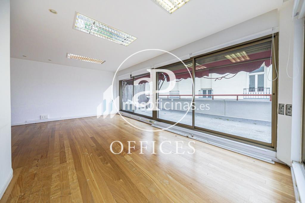 Oficina en alquiler en Calle Serrano de 130 metros, Madridfoto contactar