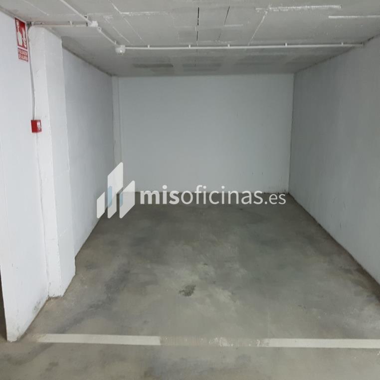 Garaje en venta, de 22 metros, en AlbuñolVista exterior frontal
