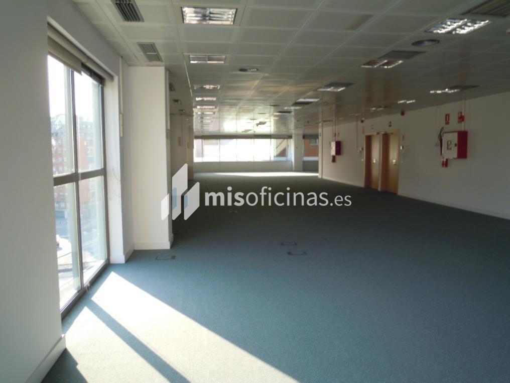 Oficina en alquiler en Calle Gran Via De Las Cortes Catalanas 129, Pl.6 de 709 metros en Sants Montjuïc, Barcelona foto 2