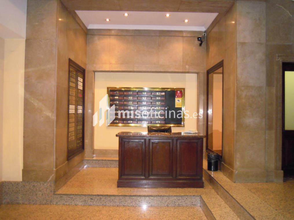 Oficina en alquiler en Paseo De Gracia  11, Esc.A, Pl.1º 1ª de 333 metros en Ciutat Vella, Barcelona foto 2