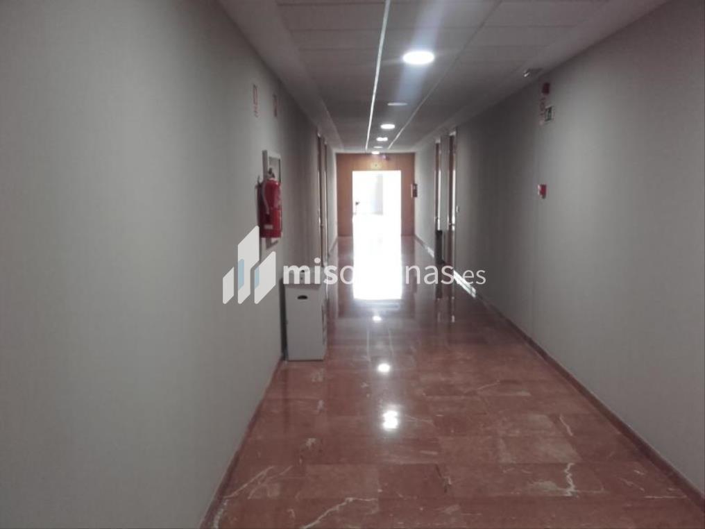 Oficina en venta en De La Arboleda S/N de 192 metros en TomaresVista exterior frontal