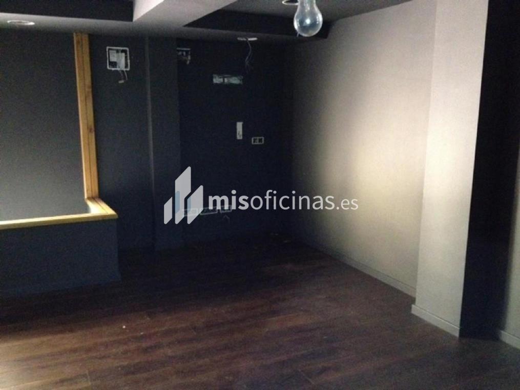 Local en venta en Plaza Esglesia, Nº 7, Pb, Puerta 1 7 de 106 metros en PalamósVista exterior frontal