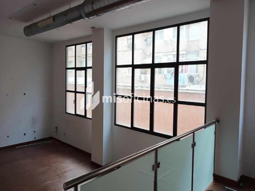 Oficina en venta en Mariano Pano Y Ruata 4 de 79 metros en ZaragozaVista exterior frontal