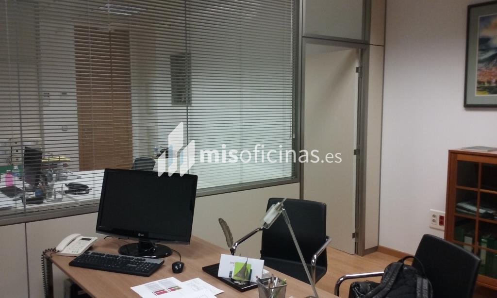 Oficina en alquiler de 63 metros en Paterna foto 1