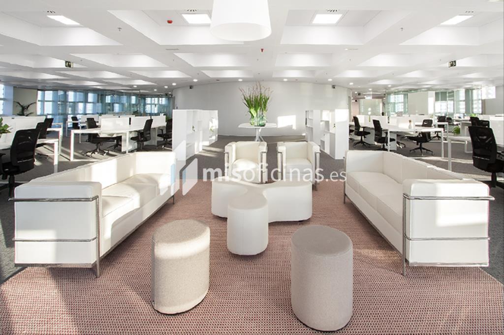 Oficina en alquiler en Avenida Diagonal 211, Pl.29 de 599 metros en Sant Martí, Barcelona foto 3