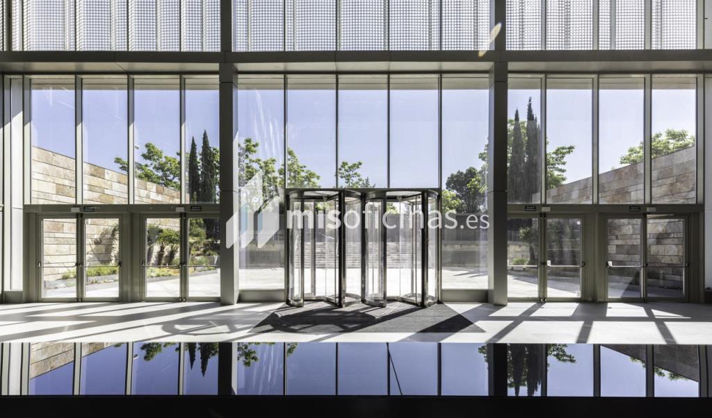 Oficina en alquiler en Calle Ribera Del Loira 28 de 1.788 metros en Campo de las Naciones-Aeropuerto, Madrid foto 2