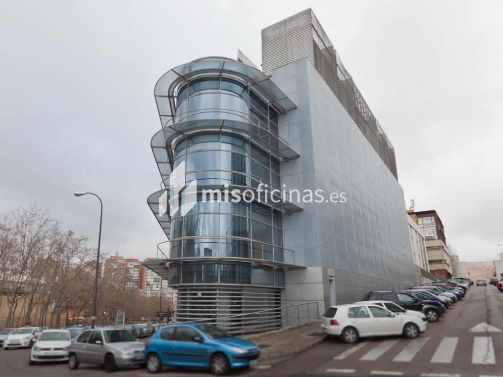 Oficina en venta en Calle Labastida 9 de 4.536 metros en Fuencarral-Tres Olivos, Madrid foto 3