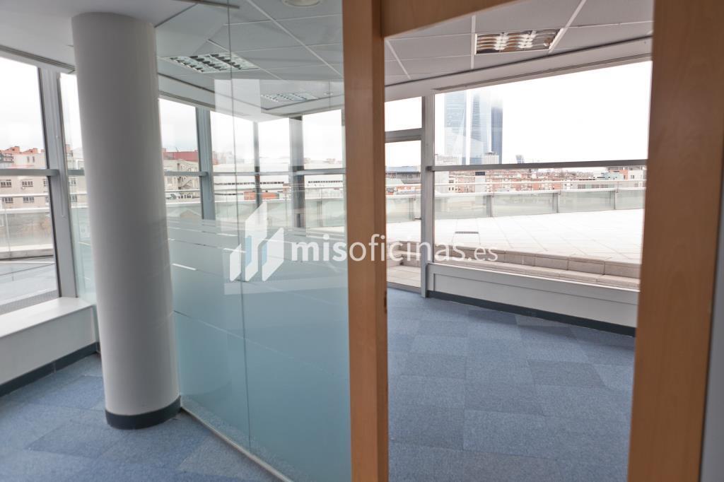 Oficina en venta en Calle Labastida 9 de 4.536 metros en Fuencarral-Tres Olivos, Madrid foto 14