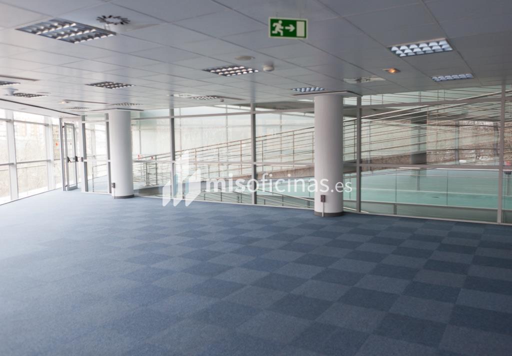 Oficina en venta en Calle Labastida 9 de 4.536 metros en Fuencarral-Tres Olivos, Madrid foto 15