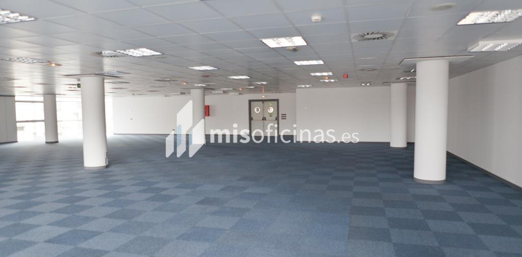 Oficina en venta en Calle Labastida 9 de 4.536 metros en Fuencarral-Tres Olivos, Madrid foto 16