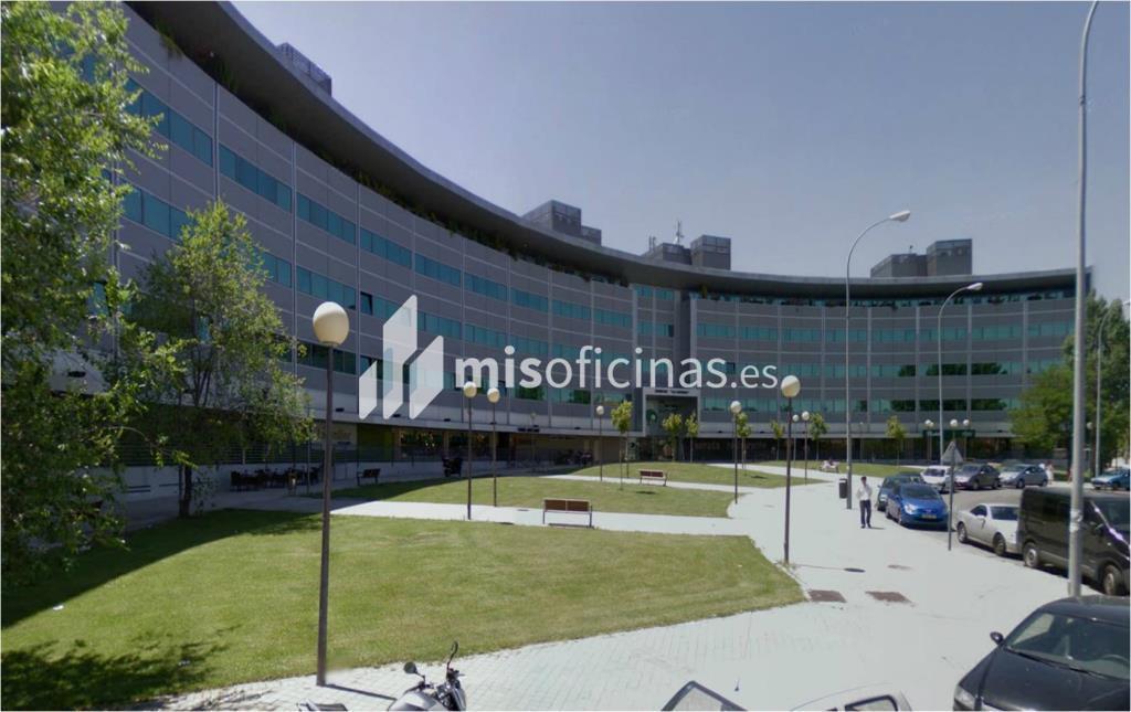 Oficina en alquiler en Plaza De La Encina 104 de 281 metros en Tres Cantos foto 0