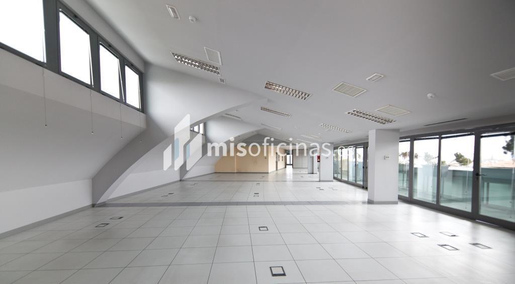 Oficina en alquiler en Plaza De La Encina 104 de 281 metros en Tres Cantos foto 7