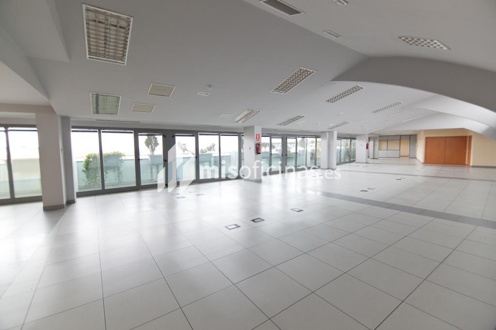 Oficina en alquiler en Plaza De La Encina 104 de 281 metros en Tres Cantos foto 8