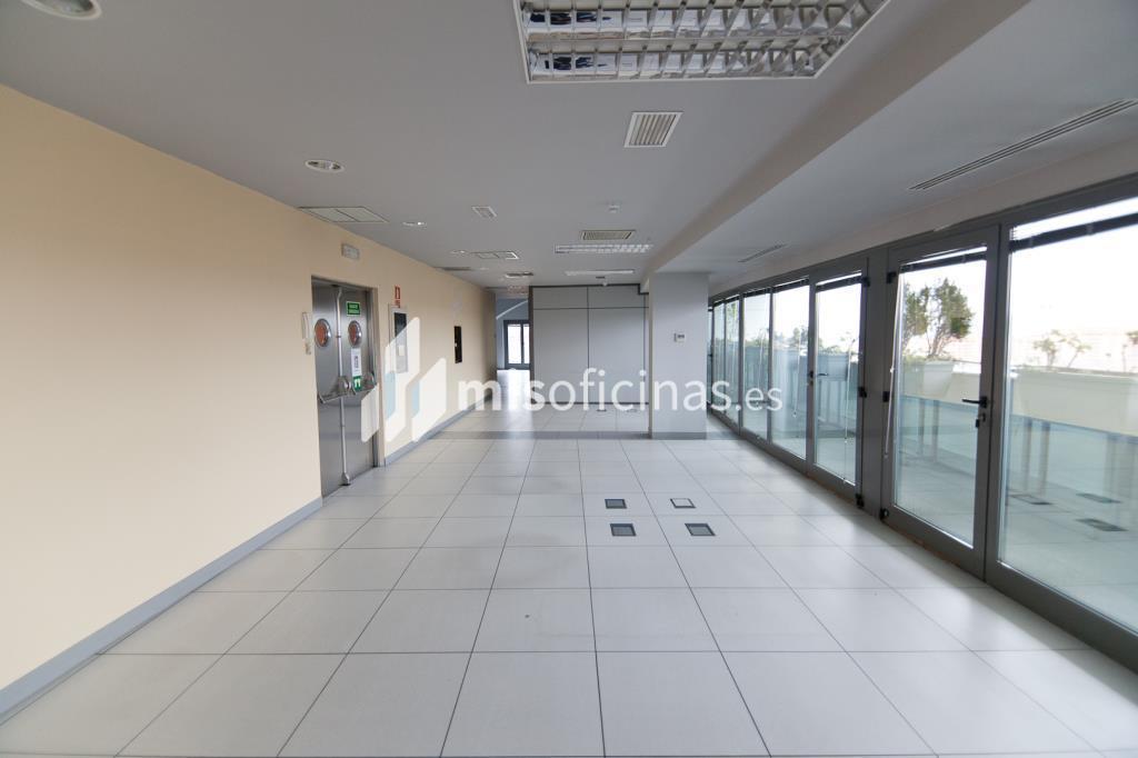 Oficina en alquiler en Plaza De La Encina 104 de 281 metros en Tres Cantos foto 9
