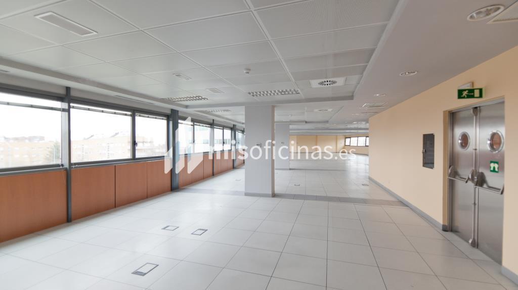 Oficina en alquiler en Plaza De La Encina 104 de 281 metros en Tres Cantos foto 17
