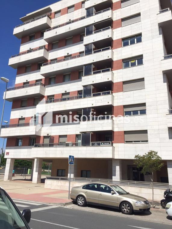 Oficina en venta de 66 metros en LogroñoVista exterior frontal
