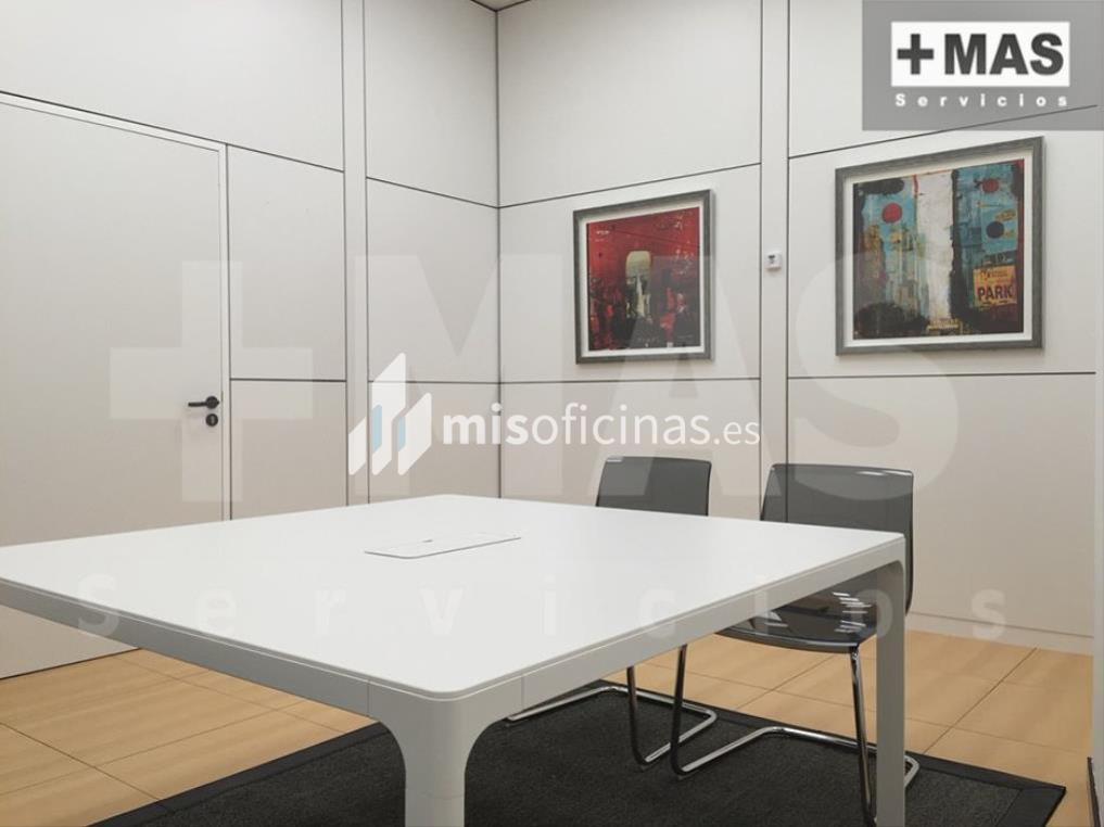 Oficina en alquiler de 300 metros en PaternaVista exterior frontal