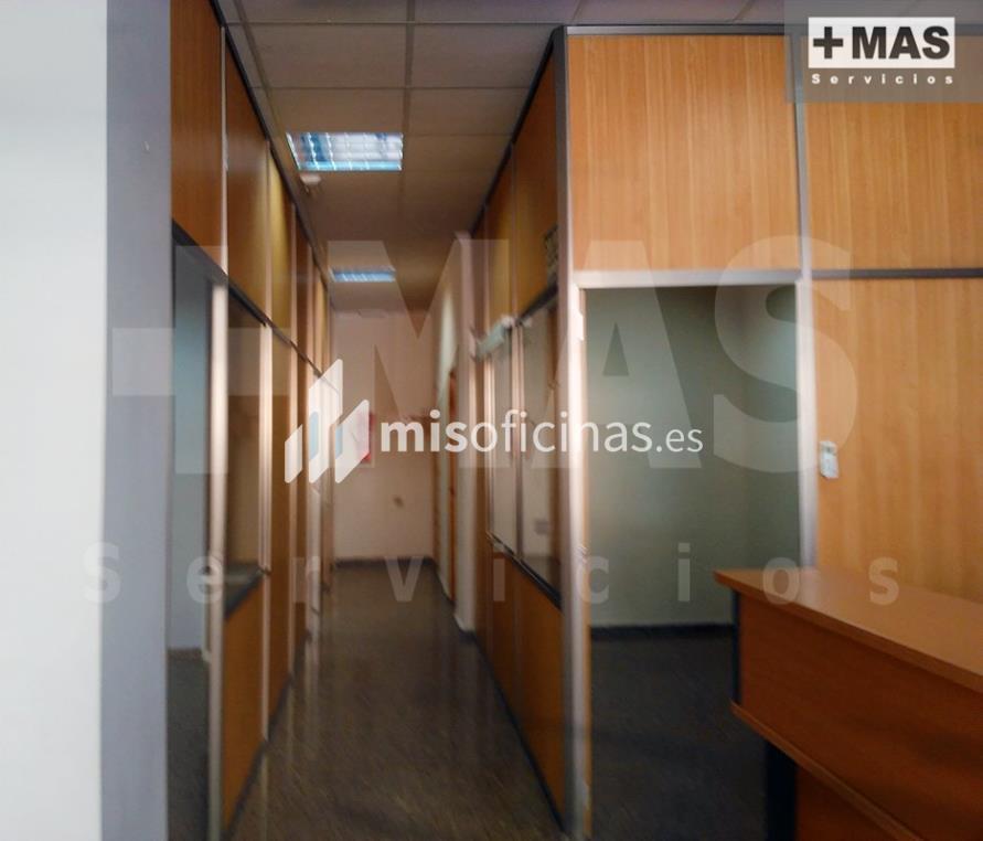 Oficina en alquiler de 150 metros en Paterna foto 1
