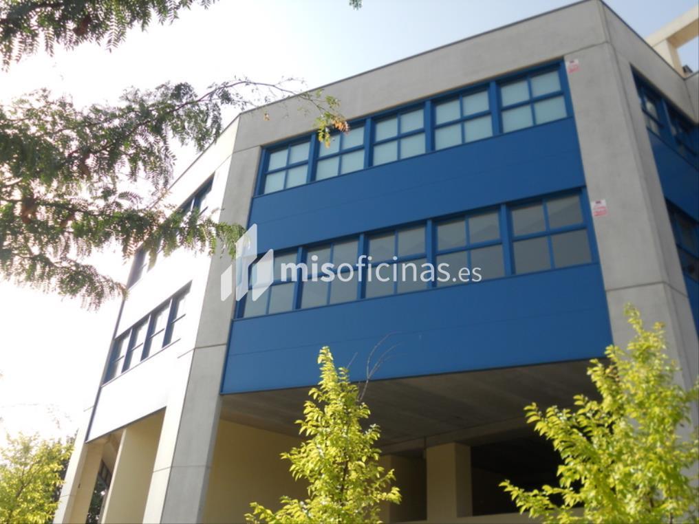 Oficina en venta en Calle Berzosa De Lozoya 1, Bl.Ofc 1 de 520 metros en Madrid foto 1