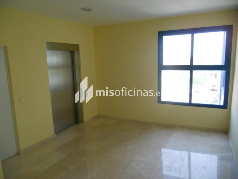 Oficina en venta en Calle Berzosa De Lozoya 1, Bl.Ofc 1 de 520 metros en Madrid foto 2