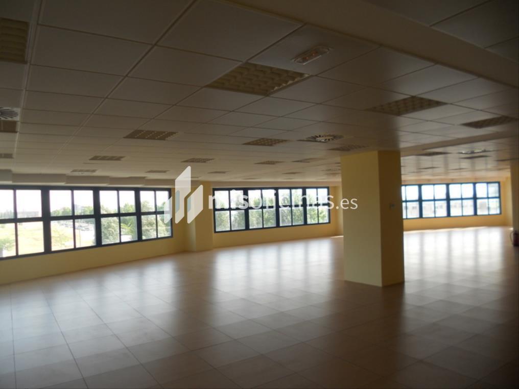 Oficina en venta en Calle Berzosa De Lozoya 1, Bl.Ofc 1 de 520 metros en Madrid foto 5