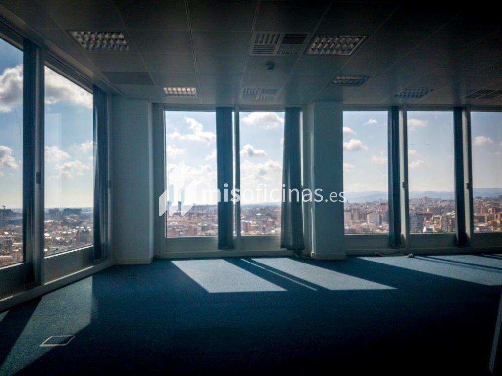 Oficina en alquiler en Calle Tarragona 161 de 272 metros en L'Hospitalet de Llobregat, Barcelona foto 2