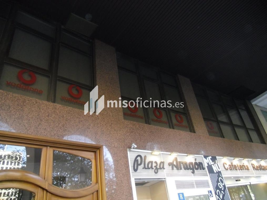 Oficina en alquiler en Plaza Aragon 3, Pl.1 de 700 metros en ZaragozaVista exterior frontal
