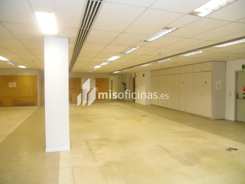 Oficina en alquiler en Plaza Aragon 3, Pl.1 de 700 metros en Zaragoza foto 2