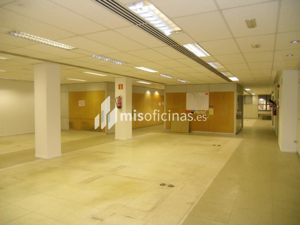 Oficina en alquiler en Plaza Aragon 3, Pl.1 de 700 metros en Zaragoza foto 3