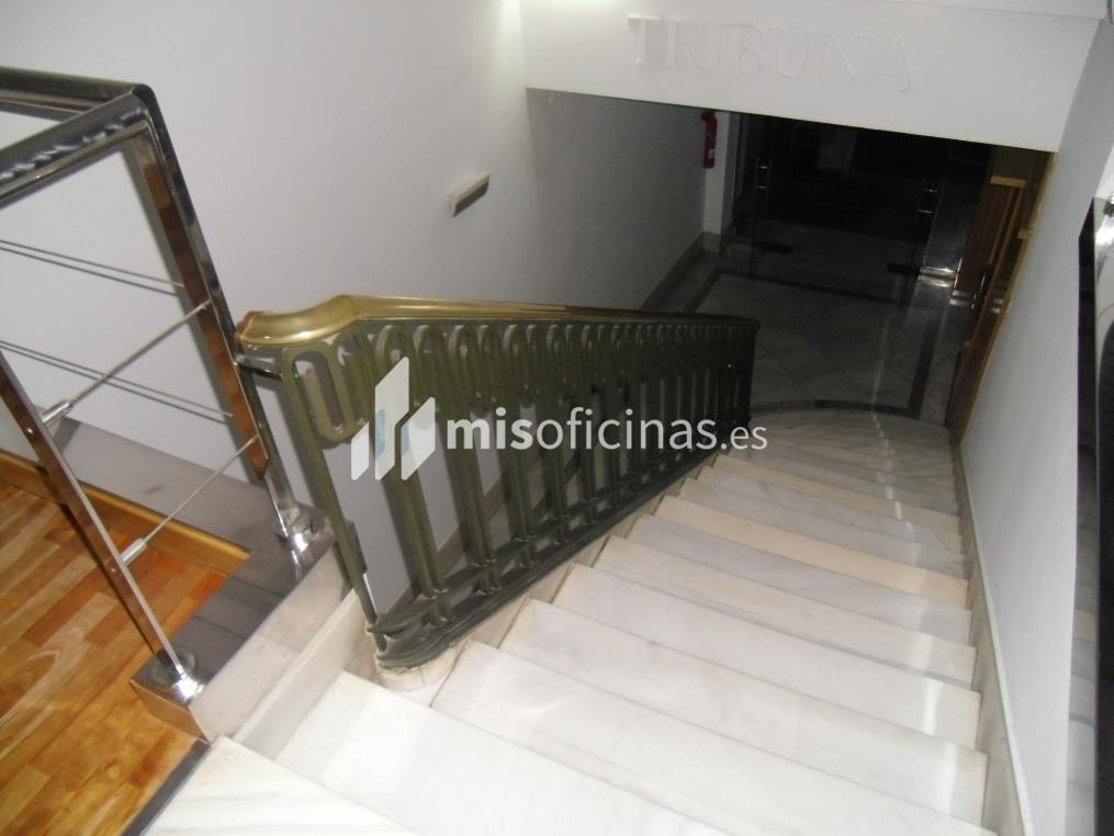 Oficina en alquiler en Calle Manifestación 38 de 200 metros en Zaragoza foto 3