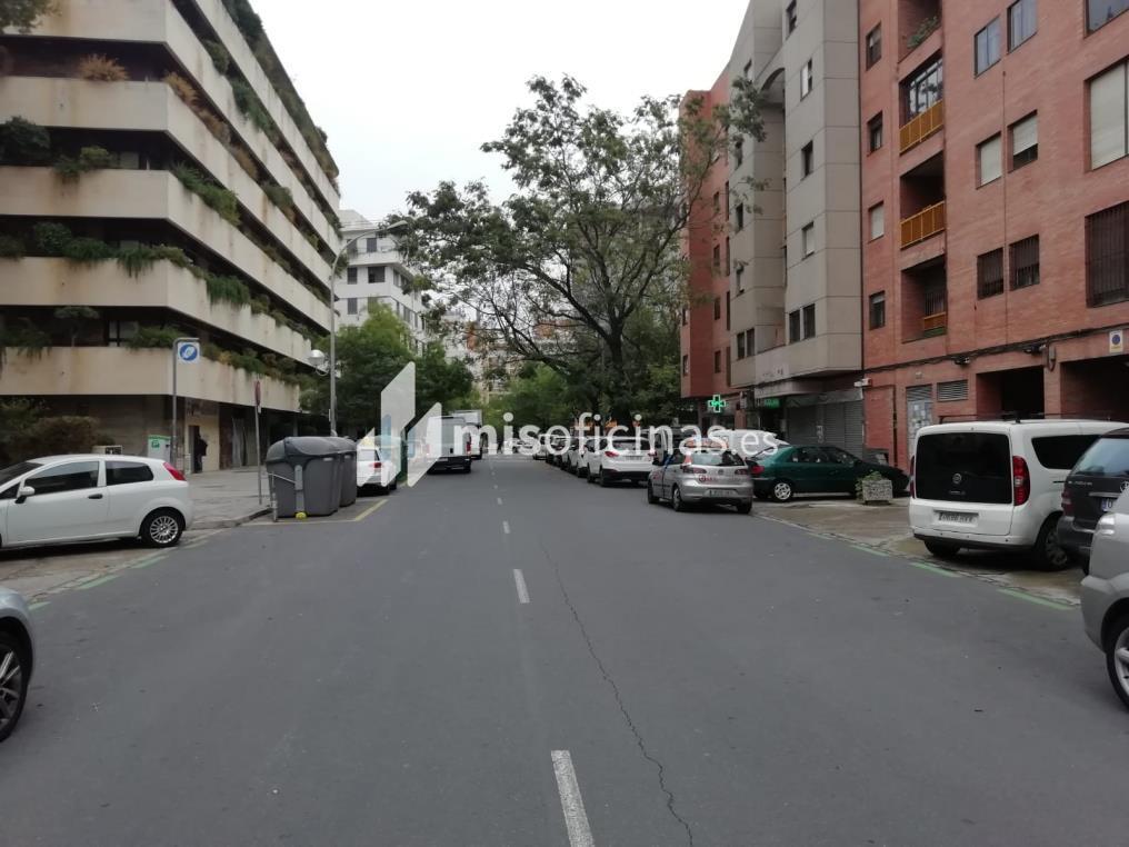 Oficina en venta en Autovía Chaves Nogales 4 de 131 metros en Sevilla foto 3