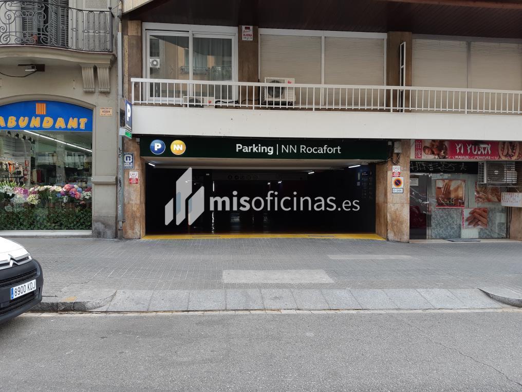 Garaje en alquiler en Calle Rocafort 64 de 11 metros, Sant Antoni, BarcelonaVista exterior frontal