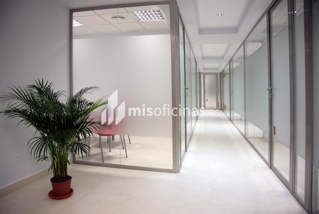 Oficina en alquiler de 15 metros en Lorca foto 2