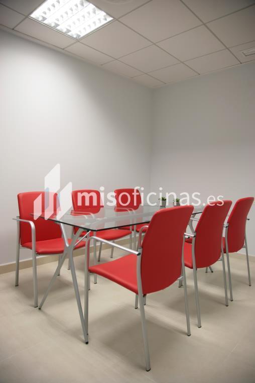 Oficina en alquiler de 15 metros en Lorca foto 4