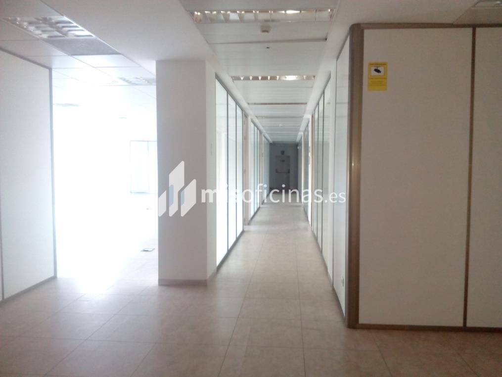 Oficina en alquiler en Calle Canal Imperial De Aragon 18-20 de 100 metros en Zaragoza foto 3
