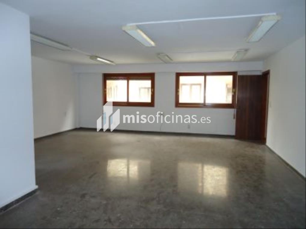 Oficina en alquiler en Embajador Vich 3 de 3.500 metros en Valencia foto 1