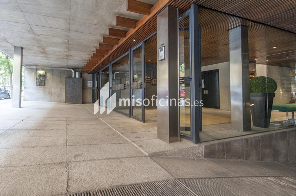 Oficina en venta en Calle Zurbano  73, Pl.1ª + 2ª de 2.600 metros en Chamberí, Madrid foto 3