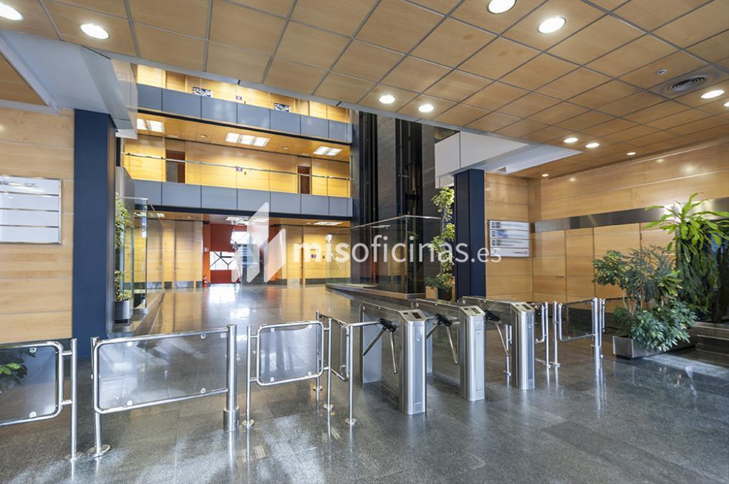 Oficina en alquiler en Avenida Bruselas 20, Bl.Gorbea Iv, Pl.Ss - 3ª de 418 metros en Alcobendas foto 1