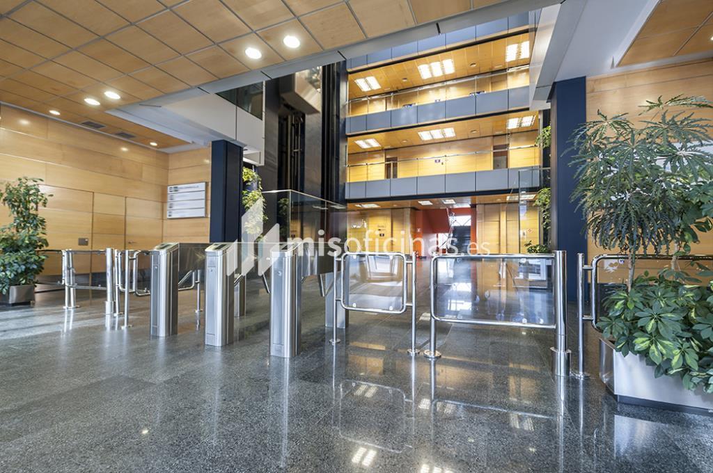Oficina en alquiler en Avenida Bruselas 20, Bl.Gorbea Iv, Pl.Ss - 3ª de 418 metros en Alcobendas foto 2