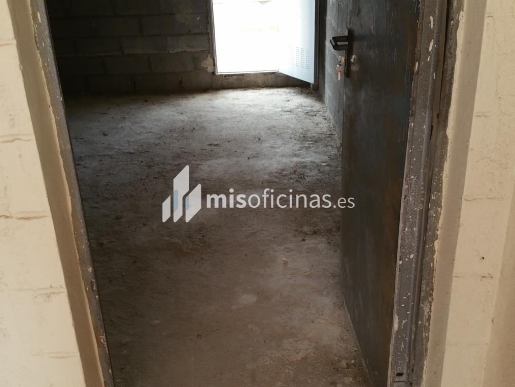 Local en venta de 81 metros en AlgecirasVista exterior frontal
