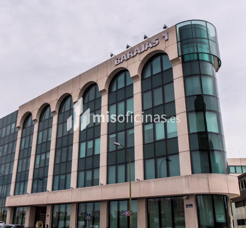 Oficina en alquiler en Calle Trespaderne 29 de 591 metros en Campo de las Naciones-Aeropuerto, Madrid foto 1