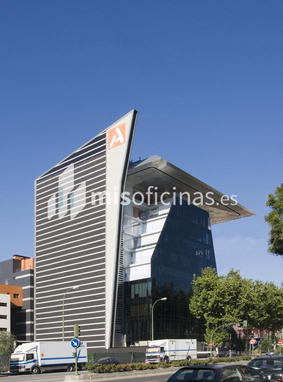 Oficina en alquiler de 766 metros en Atocha-Delicias-Méndez Álvaro, Madrid foto 2