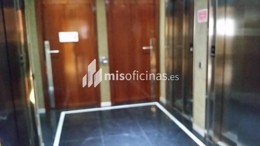 Oficina en alquiler en Avenida Tarradellas Nicaragua S/N, Pl.5 de 106 metros en Les Corts, Barcelona foto 2